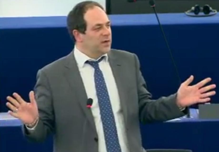 Emmanuel Maurel : «dans le domaine de la fiscalité, l'Union européenne avance»
