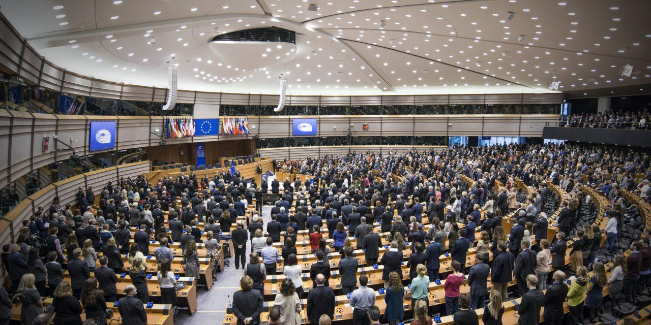 Droite française et européenne : halte aux mensonges macabres