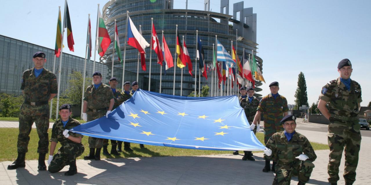 Le drapeau européen, « un élément de décor » ?