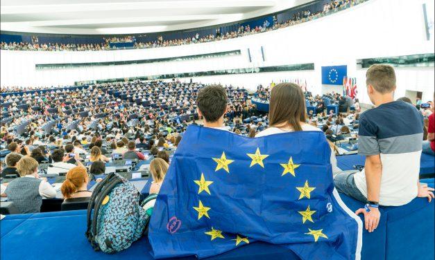 Défendons fièrement la citoyenneté, l'égalité, les droits et nos valeurs