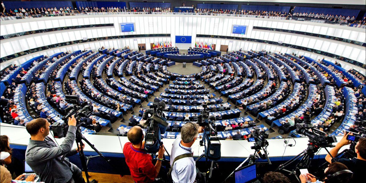 Les eurodéputés socialistes et radicaux se félicitent que la commission du marché intérieur rejette la Carte électronique européenne des services